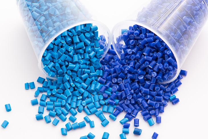 modre termoplastične smole